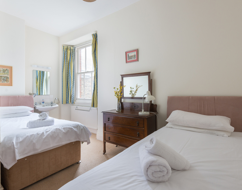 Another one of the twin bedrooms at  4, The Terrace, a self catering holiday rental on the Camel  Estuary in Rock.