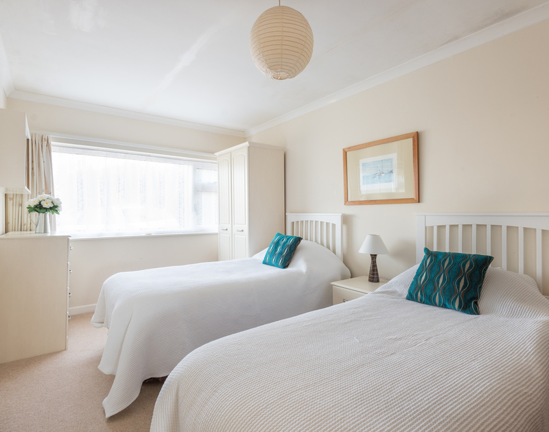 The twin bedroom in Trewint, a self catering holiday house to rent by the sea in Polzeath, Cornwall.
