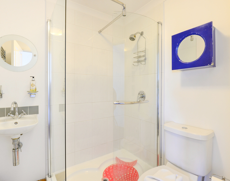 The ensuite shower room for the master bedroom at Silvershell House, a self catering holiday property in Port Isaac in Cornwall.