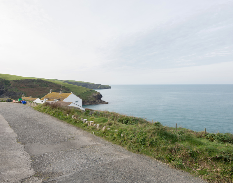 The sea views along the coast to the west from Cliffside 1, a self catering, holiday house in a stunning setting on the North Coast of Cornwall at Port Isaac.