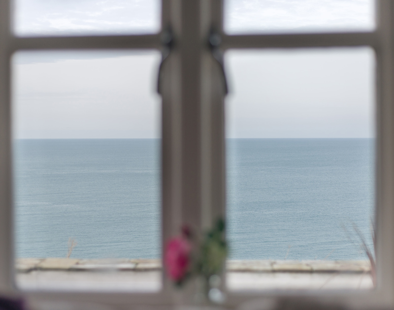 The views from Cliffside 1 through the windows are unsurpassable and unforgettable and even more so if guests are lucky enough to spot a pod of dolphins or a passing basking shark on this rugged stretch of North Cornish Coastline.