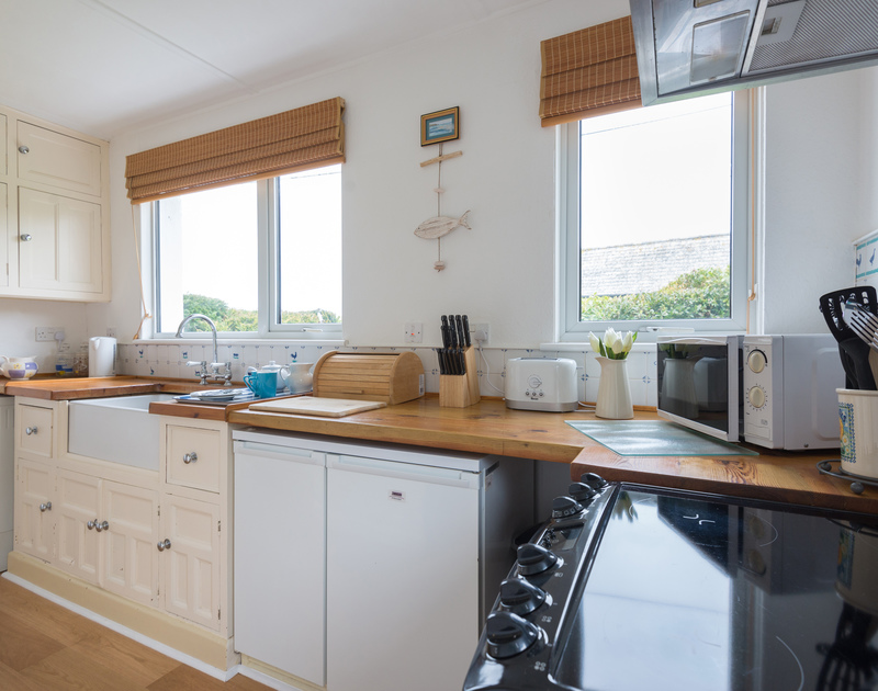 The well equipped kitchen at Tamarisk has some sea views over the North Cornish Coast and is just a few minutes walk from the quaint, working fishing harbour at Port Isaac.