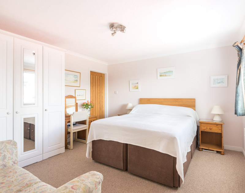 The master bedroom at Talland House, self catering, holiday accommodation in Rock, Cornwall.
