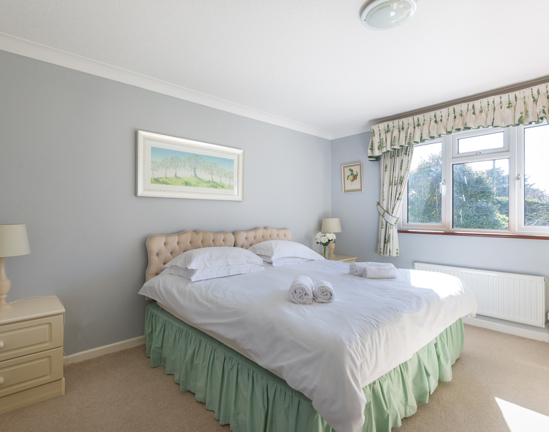 Two 3ft beds joined together at The Garden House, a self catering holiday rental in Rock, Cornwall.