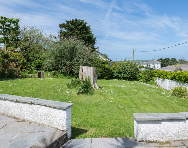 There is a good, enclosed, lawned garden space for children's games or simply sunbathing at Tradewinds in Polzeath.