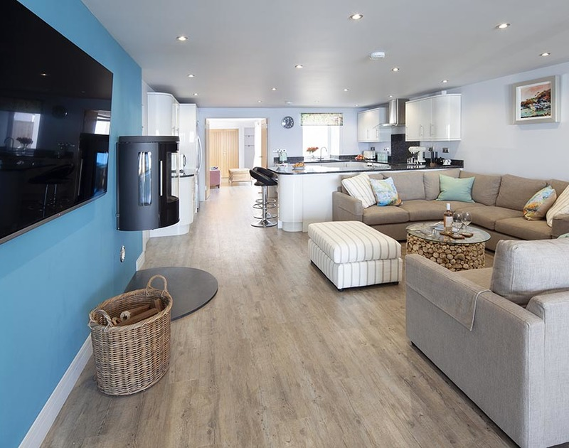 Stylish coastal open plan living spaces at the Crows Nest, Port Isaac with lots of space for all the family to stretch out.