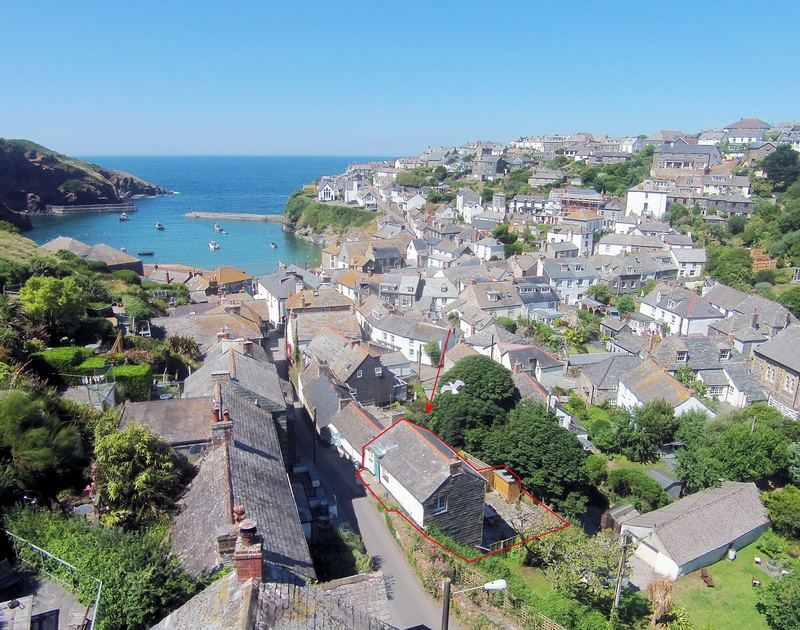 Aerial photo of the pretty Crows Nest, a self catering holiday house to rent in Port Isaac, Cornwall.