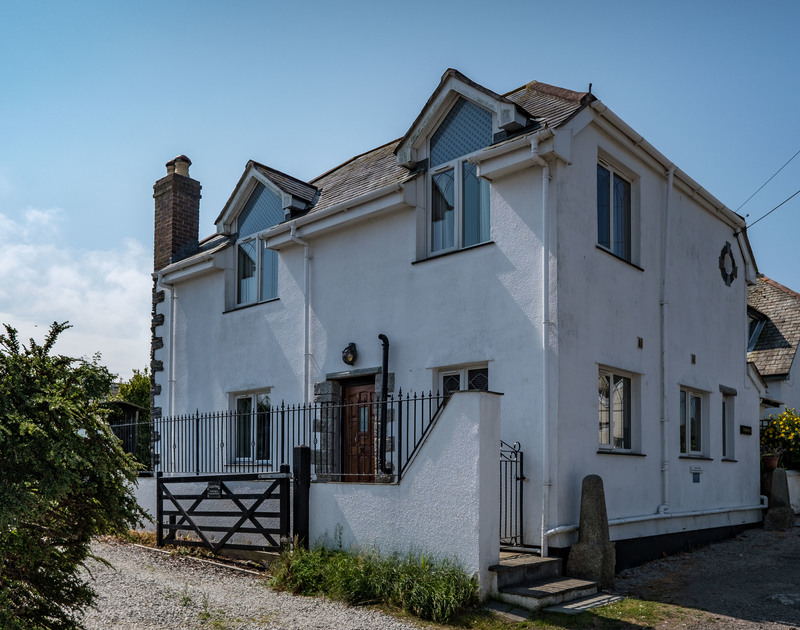 The exterior of Fairholme, a self catering holiday house to rent for all the family situated at the top of Port Isaac on the North Cornish Coast.