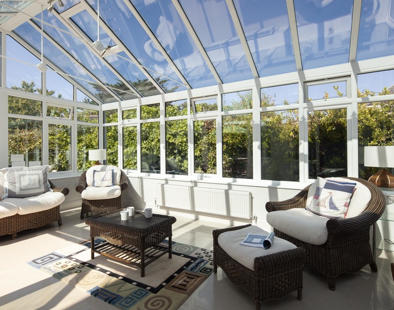 The large glass conservatory at Saltrock, a holiday house to rent in Rock, North Cornwall