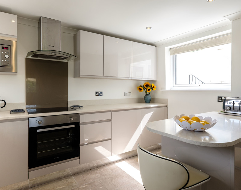 The modern kitchen at Hi View a self catering holiday home set in an elevated position above the village of Port Isaac.