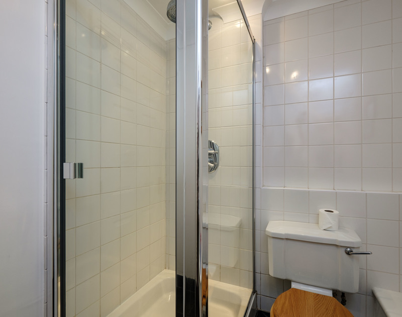 The glass shower cubicle at Bodare 1, one of three bathrooms.