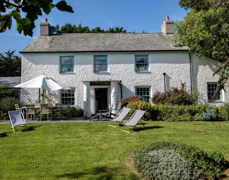 Miraculous Old Farm Self Catering Holiday Cottage In Daymer Bay John Home Interior And Landscaping Ologienasavecom