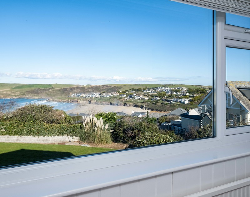 The elevated views from Hillview a self catering holiday house to rent looking over towards New Polzeath across the beach just below the property.