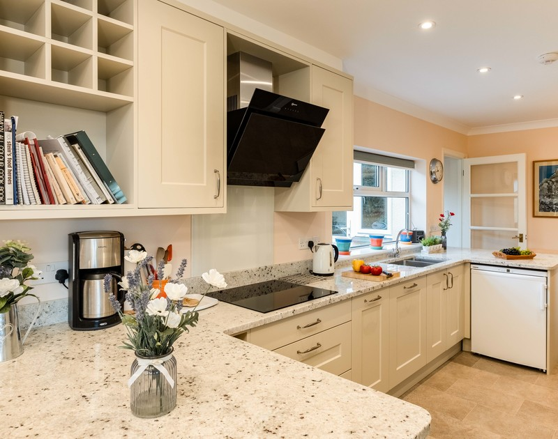 Cook up family meals in the gorgeous brand new kitchen at self catering, family holiday house Tamarisk in Rock in North Cornwall.