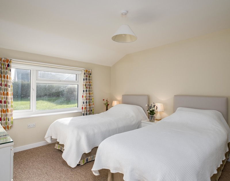 The twin bedroom at Windyhill self catering holiday home in Polzeath, North Cornwall.