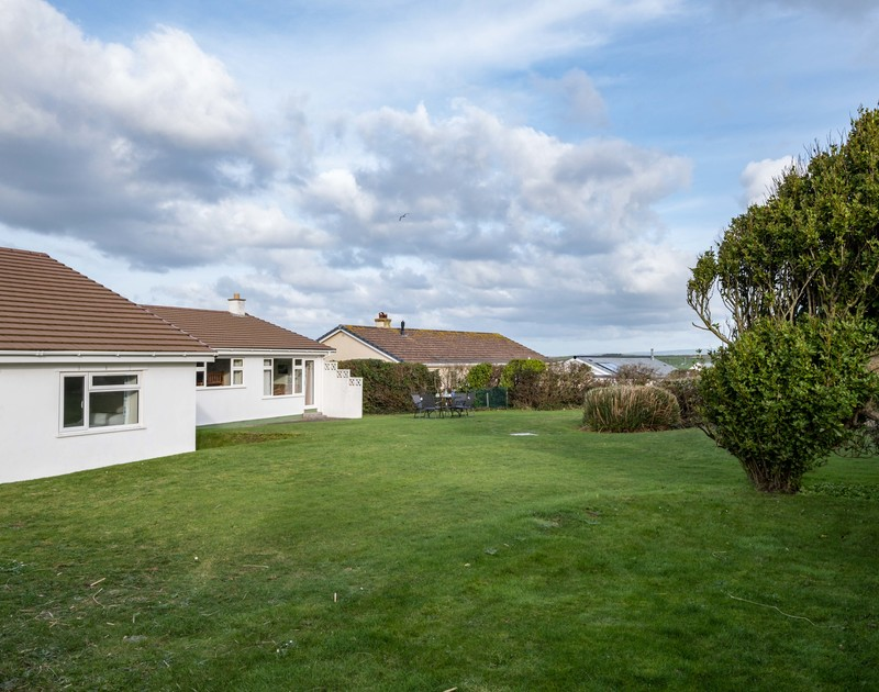 The large garden at Windyhill self catering holiday home in Polzeath, North Cornwall.