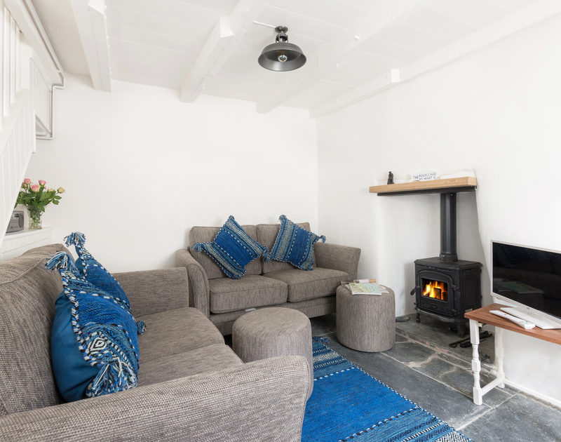 If you're looking for a traditional Cornish cottage in a picture-perfect seaside village, look no further than pretty Bre Cottage