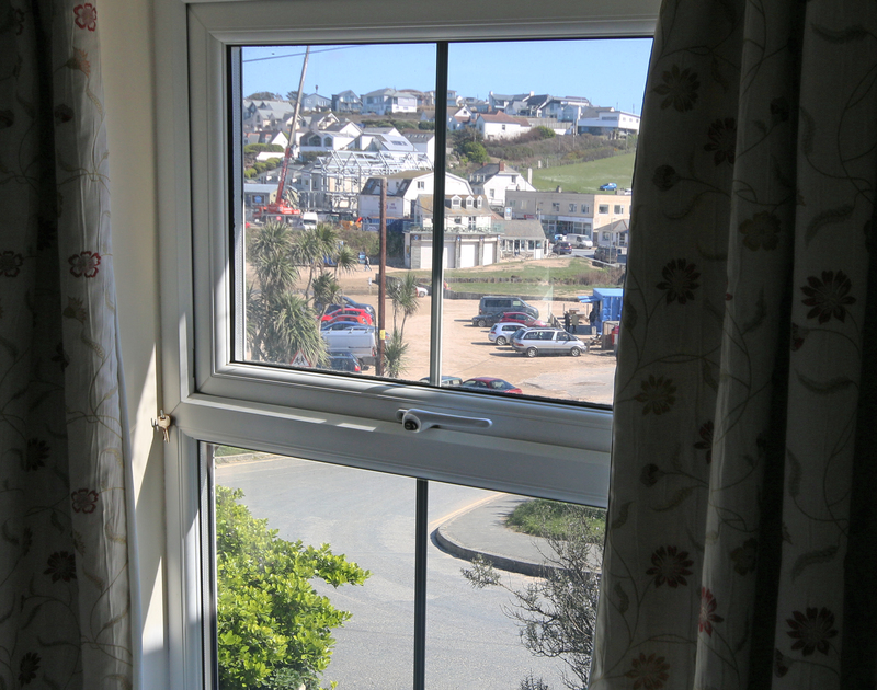 Enjoy being in such close proximity to Polzeath beach when you stay at Coppingers cottage