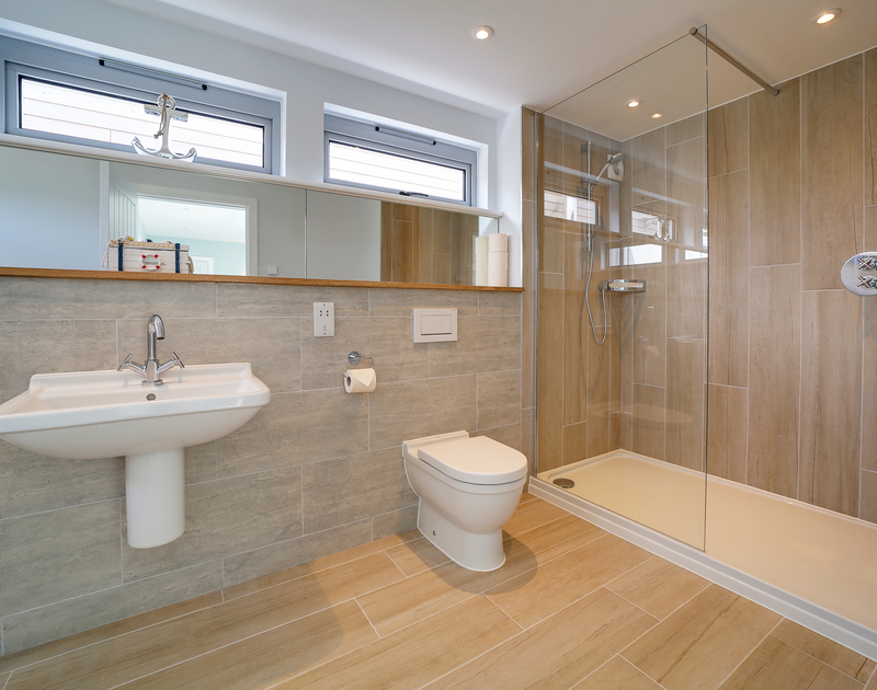 The stylish family bathroom at Morwenna self catering holiday home in Daymer Bay.