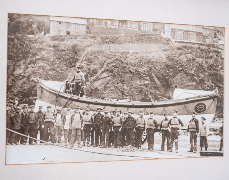 A picture of Port Isaac fisherman from the past at Folly 1 self catering holiday home in Port Isaac.