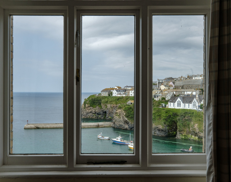The sea views from the twin bedroom at the Folly 1 self catering holiday home in Port Isaac, North Cornwall.