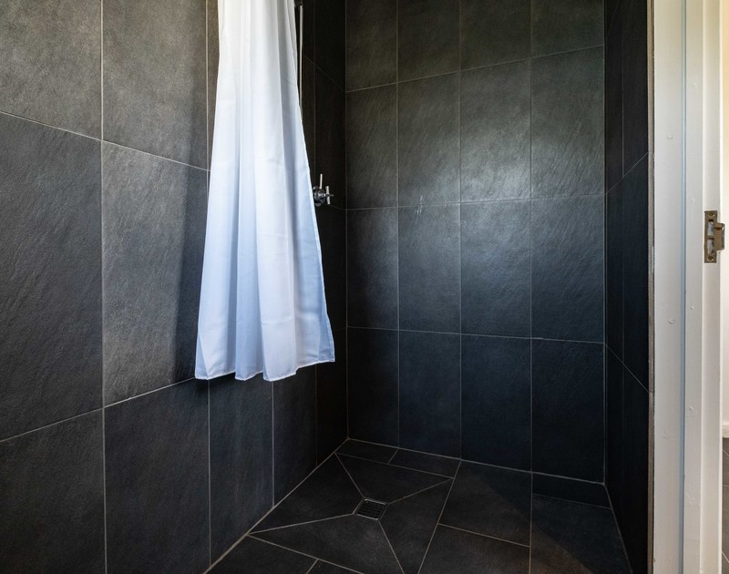 Shower room at Lerryn self catering holiday home in Rock, North Cornwall.