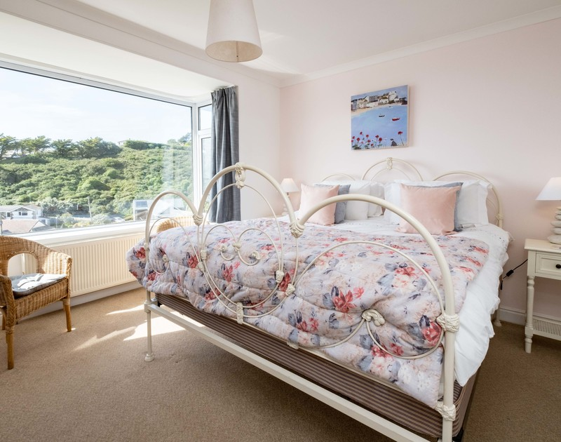 The sunny master bedroom at Balderstone self catering holiday home in Polzeath, North Cornwall.