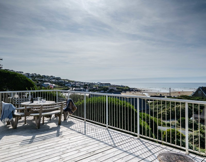 The large deck at Balderstone self catering holiday home in Polzeath.