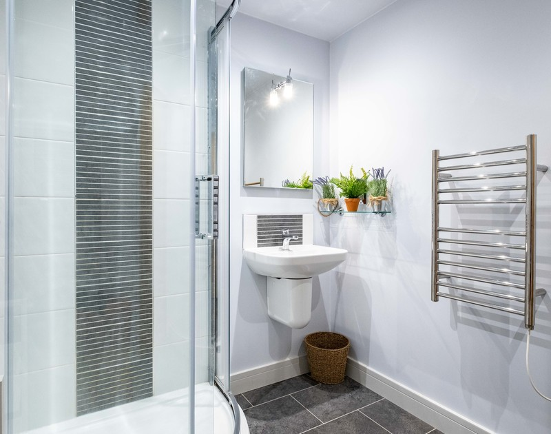 The modern bathroom at The Hideaway self catering holiday cottage in Port Isaac, North Cornwall.