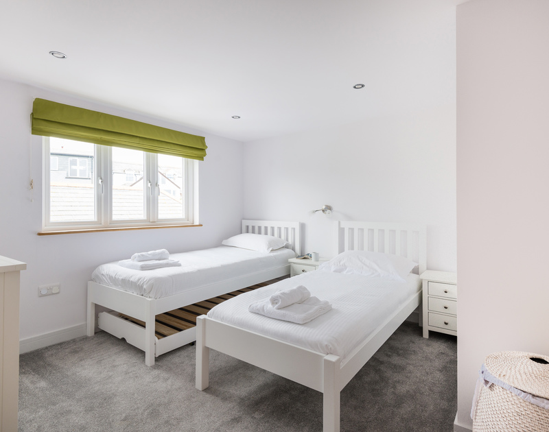 The upstairs twin bedrooom at The Lawns in Port Isaac in North Cornwall.