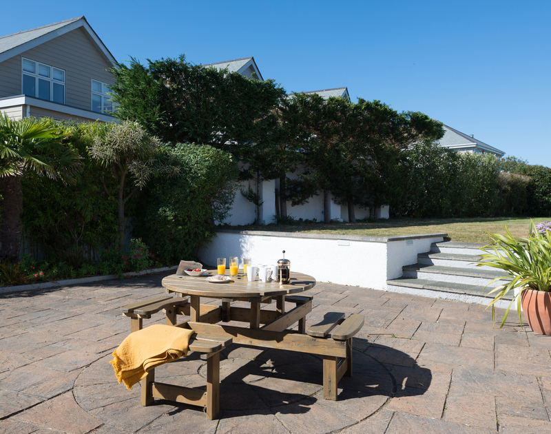 The sunny seating area at The Chalet self catering holiday home in Polzeath, North Cornwall.