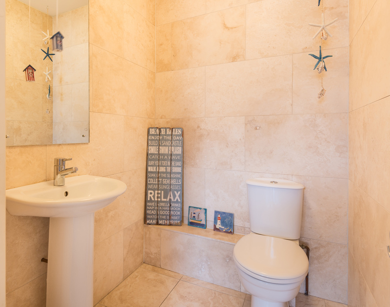 The downstairs bathroom at Sea Gem self catering holiday home in Port Isaac, North Cornwall.