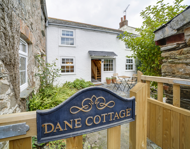 The welcoming entrance to Dane Cottage self catering holiday home in Port Isaac, North Cornwall.