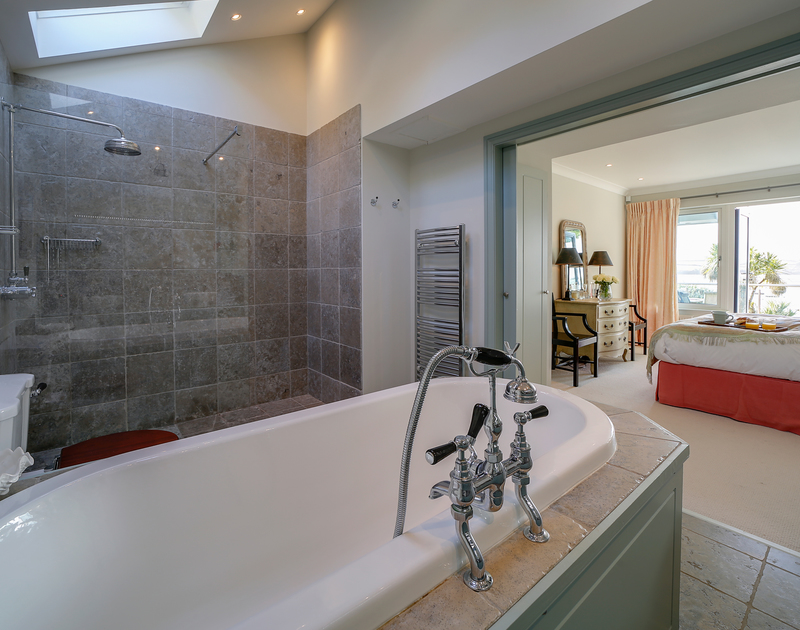 The master ensuite at Camel Point self catering holiday home in Rock, North Cornwall.