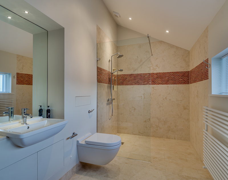 The en-suite with walk in shower at Landers Field self catering holiday home in Rock, North Cornwall.