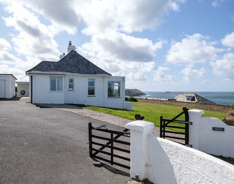 The external view of Trequite self catering holiday home in Polzeath, North Cornwall.