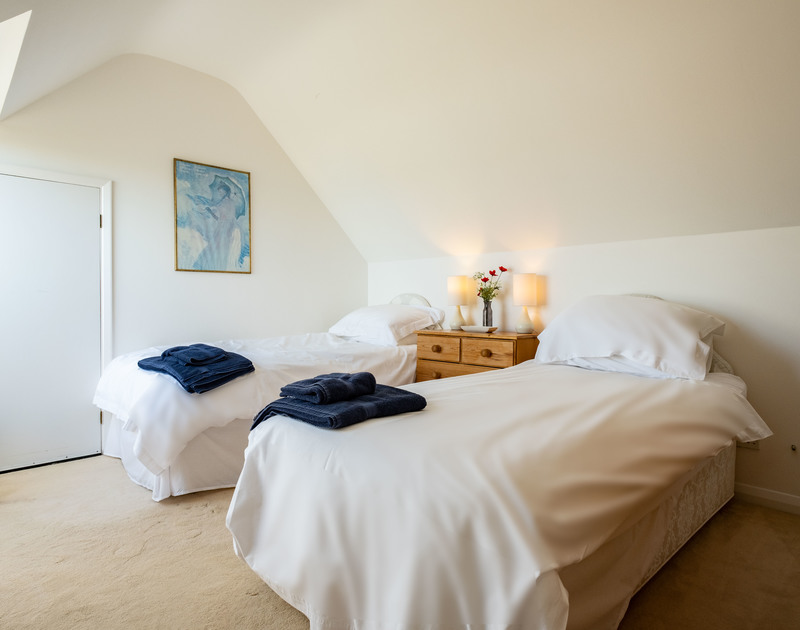 The twin bedroom at Trequite self catering holiday home in Polzeath, North Cornwall.