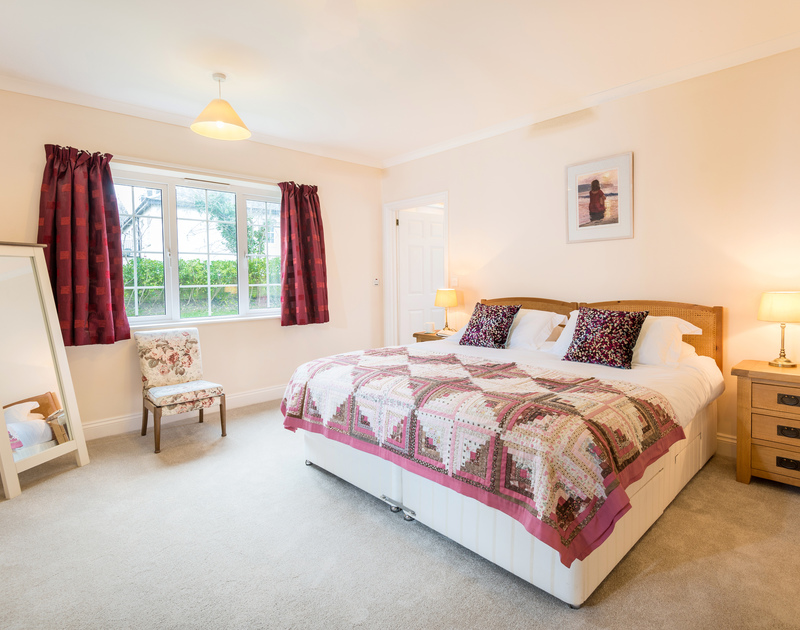 The master bedroom at Sunnynook self catering holiday home in Rock, North Cornwall.