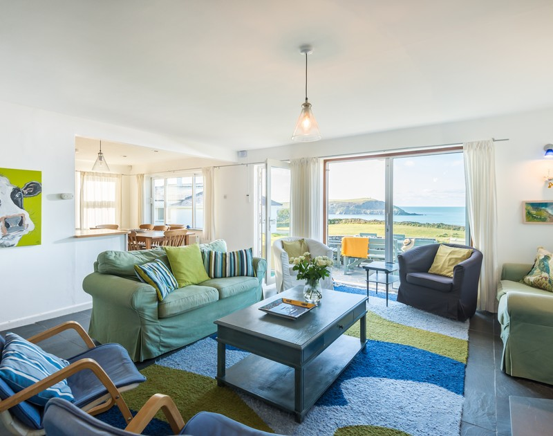 The comfortable living room at Upper Gren self catering holiday home in Daymer Bay, North Cornwall.