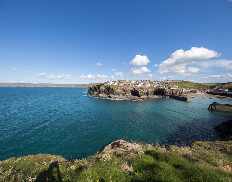 The stunning views from the coastal paths in Port Isaac near Kipper Cottage self catering holiday home in Port Isaac, North Cornwall.