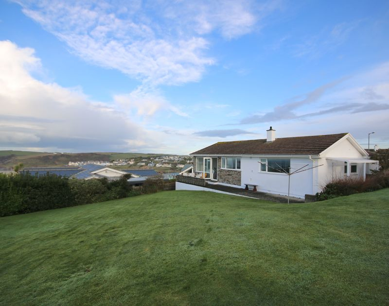 The large garden at Little Buckden self catering holiday home in Polzeath, North Cornwall.