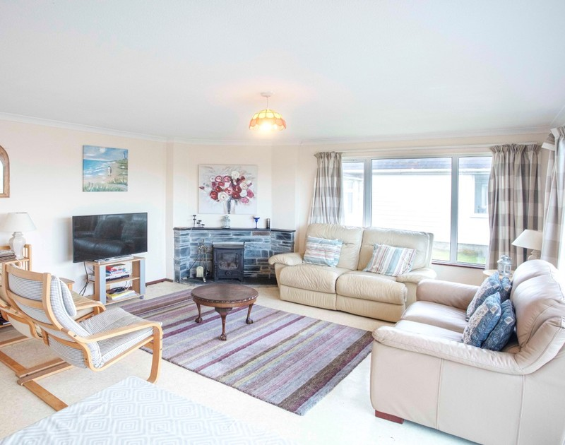 The comfortable living room at Millbank self catering holiday home in Polzeath, North Cornwall.