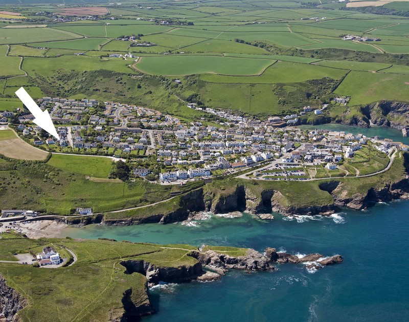 An aerial view of Little Sark self catering holiday home in Port Isaac in North Cornwall.