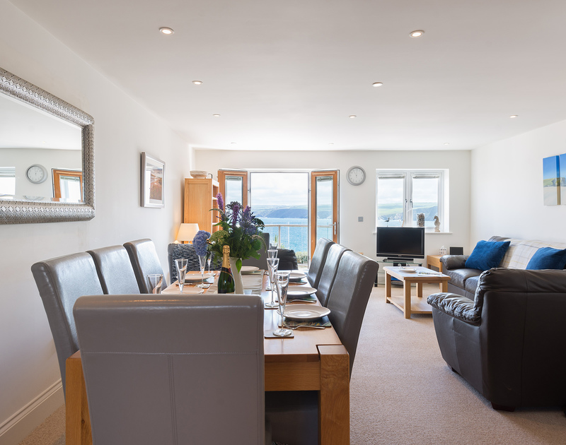 Is any meal complete without a sea view across the coastline? Ocean Breeze, Port Isaac