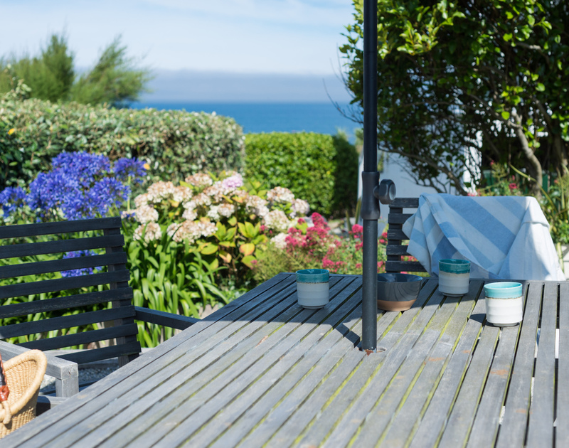 Feel the sea-breeze whilst enjoying your morning coffee in Albany's garden