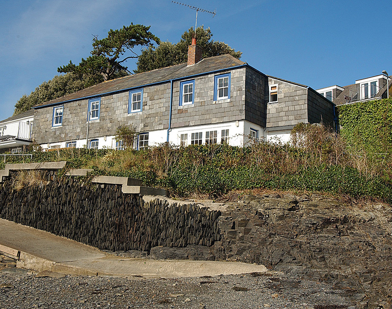 The exterior of 2 Quay Cottage, a holiday house with a fantastic location next to the sailing club and the shore at Rock, North Cornwall