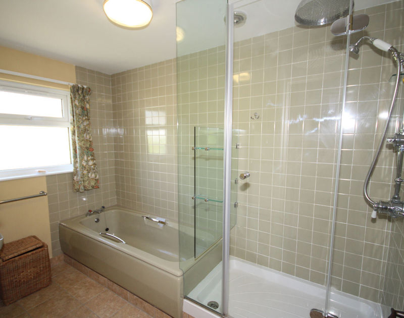 The large modern bathroom with separate shower at Upper Gren, holiday rental near Daymer Bay, Cornwall