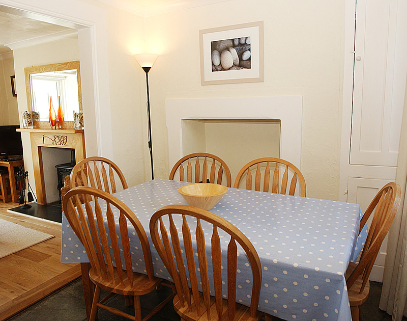The dining table in Tremanon, a self catering holiday rental in Port Isaac, Cornwall.