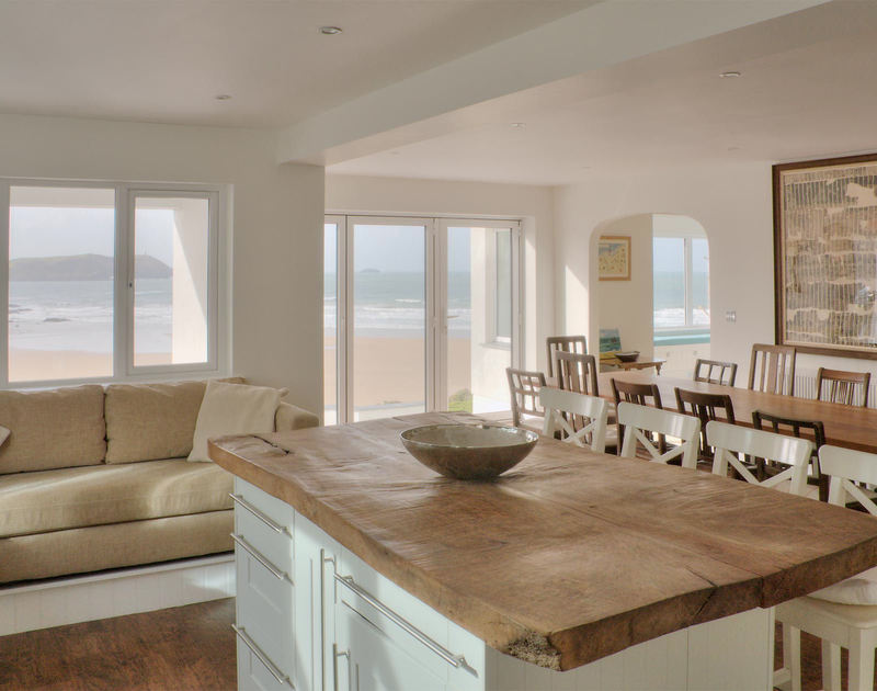 The beautiful open plan kitchen/dining room at Treverden, a self catering, holiday house by the sea in New Polzeath, Cornwall.