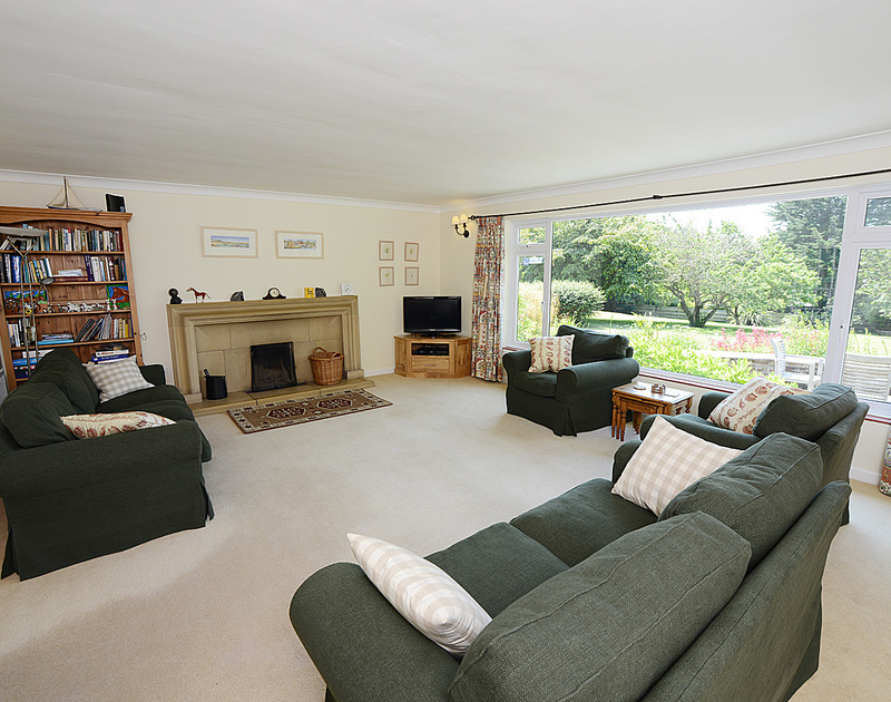 The spacious lounge at Tregillan, a self catering holiday house to rent in Rock, North Cornwall.